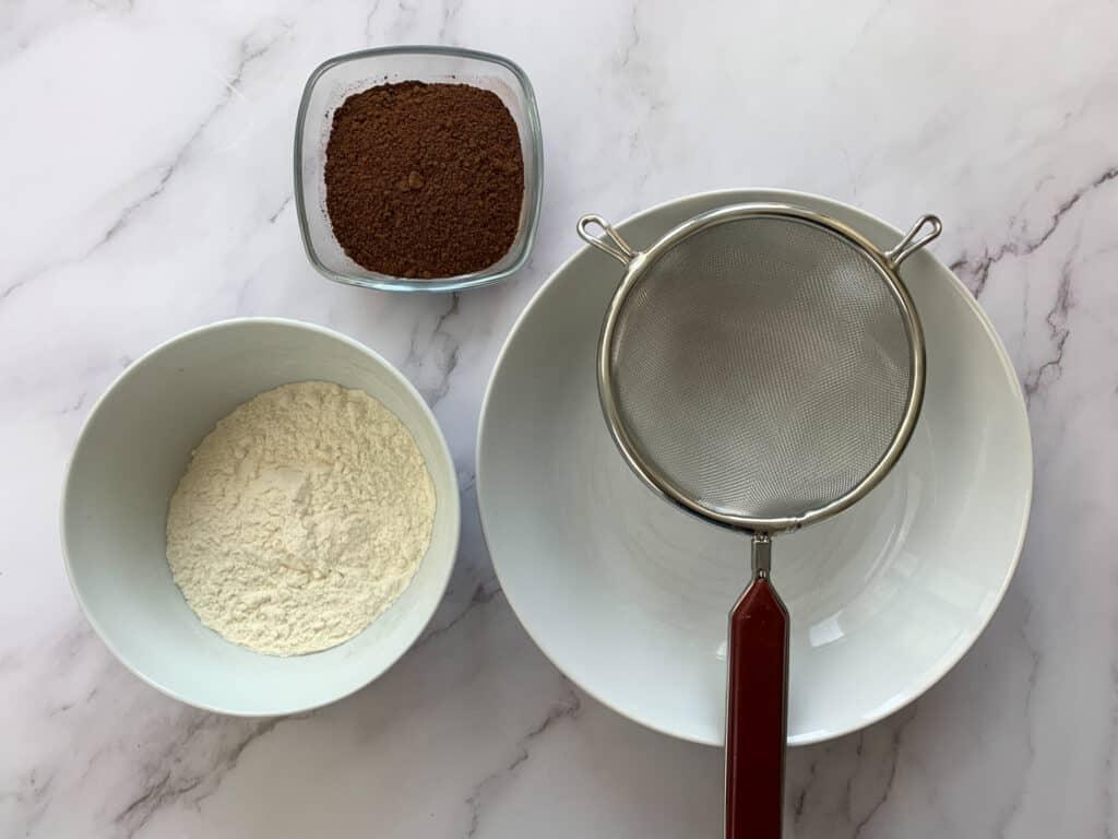 Flour, cocoa and a sieve